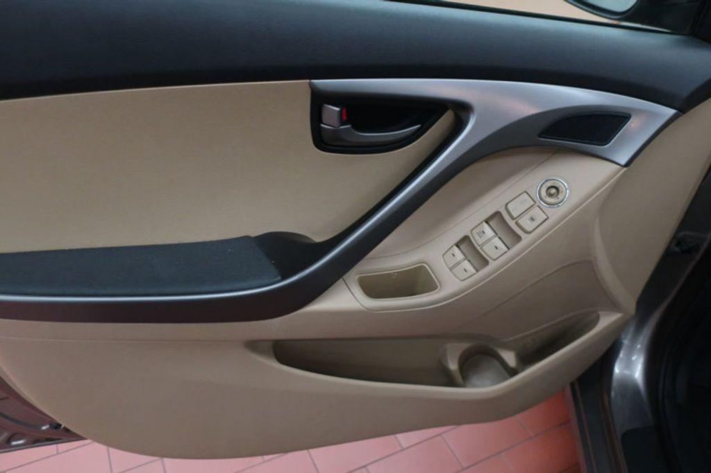 2013 Hyundai Elantra GLS; Limited; SE - 16994797 - 9