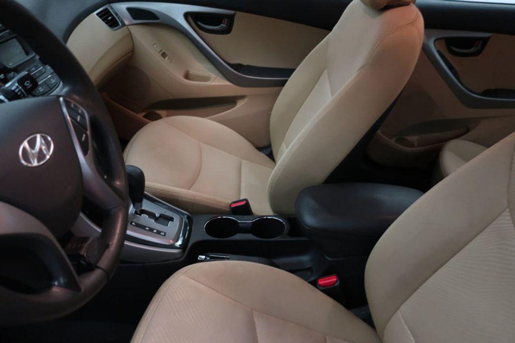 2013 Hyundai Elantra GLS; Limited; SE - 16994797 - 12