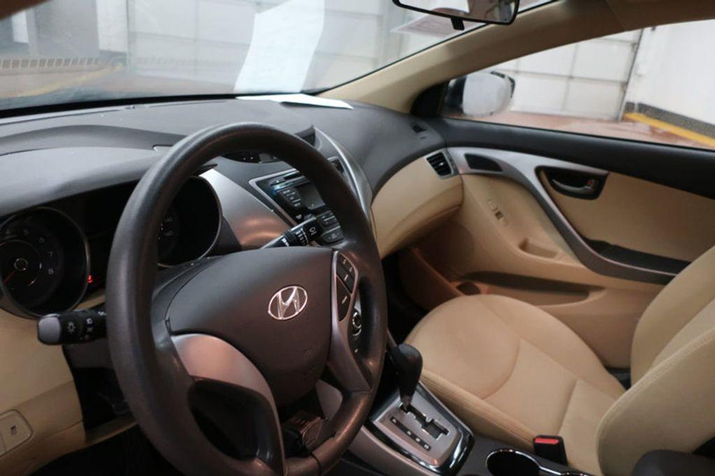 2013 Hyundai Elantra GLS; Limited; SE - 16994797 - 16