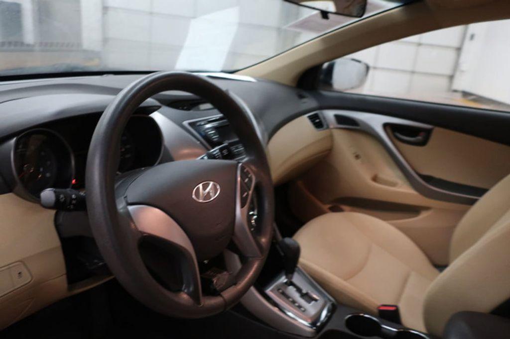 2013 Hyundai Elantra GLS; Limited; SE - 16994797 - 24