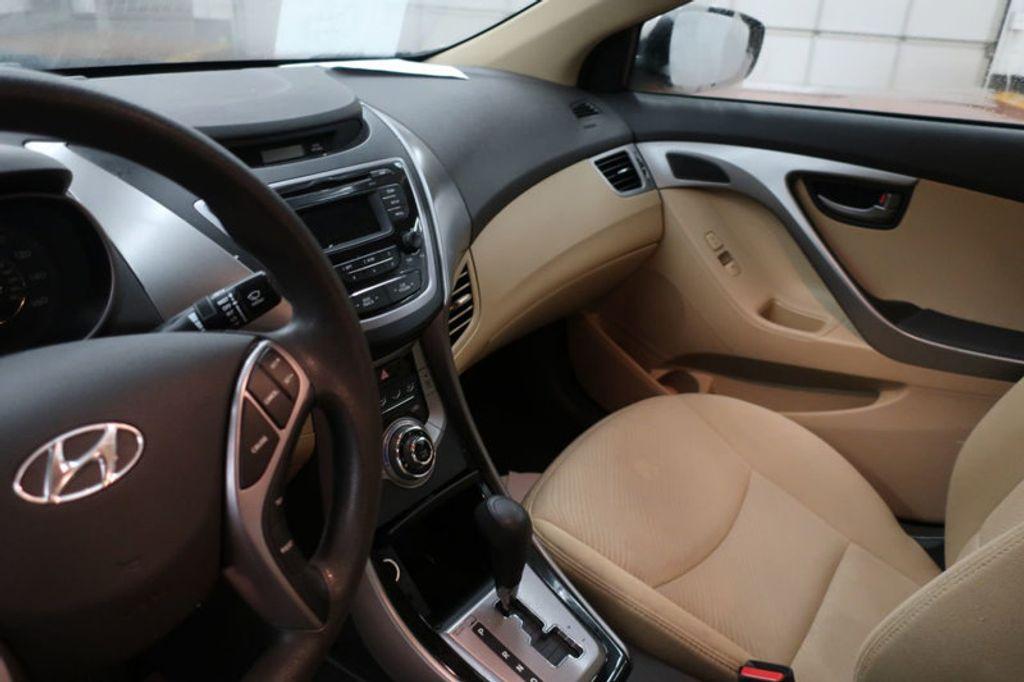 2013 Hyundai Elantra GLS; Limited; SE - 16994797 - 26