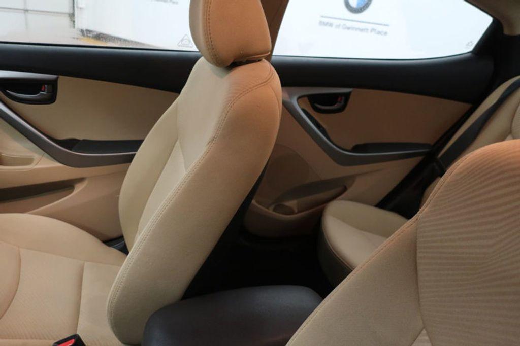 2013 Hyundai Elantra GLS; Limited; SE - 16994797 - 29