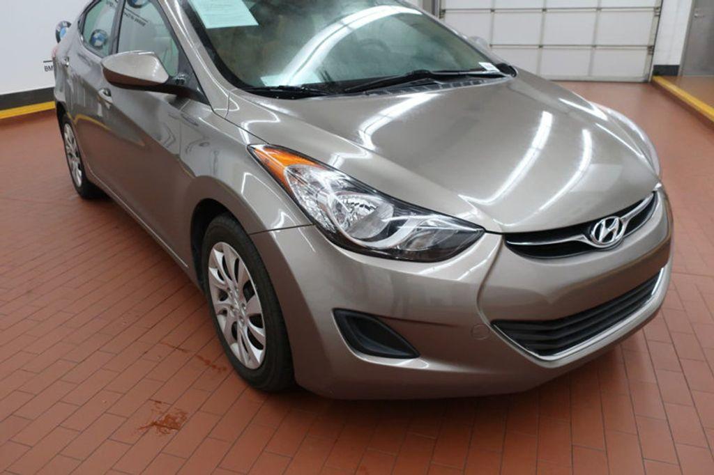 2013 Hyundai Elantra GLS; Limited; SE - 16994797 - 5