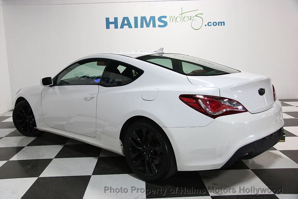 2013 Hyundai Genesis Coupe 2dr I4 2.0T Manual R-Spec - 16303188 - 4