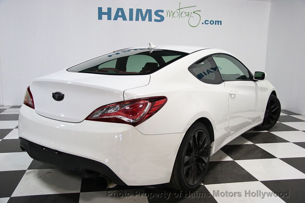 2013 Hyundai Genesis Coupe 2dr I4 2.0T Manual R-Spec - 16303188 - 6