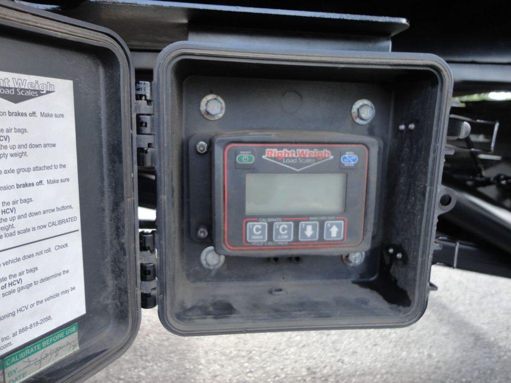 2013 International 7500 28FT 15 TON ROLLBACK INDUSTRIAL JERRDAN.. TANDEM AXLE.. - 17944543 - 33