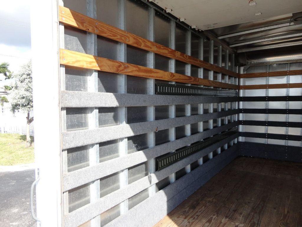 2013 Isuzu NPR 14FT DRY BOX TRUCK . CARGO TRUCK WITH RAMP - 18178081 - 23