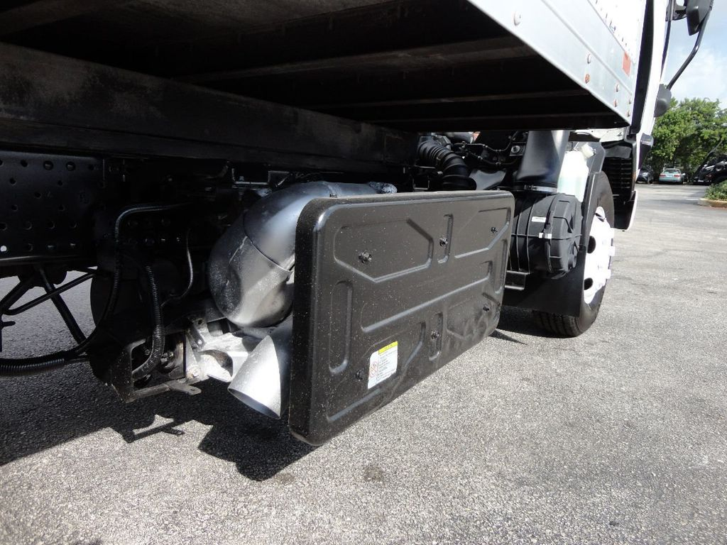 2013 Isuzu NPR 14FT DRY BOX TRUCK . CARGO TRUCK WITH RAMP - 18178081 - 32