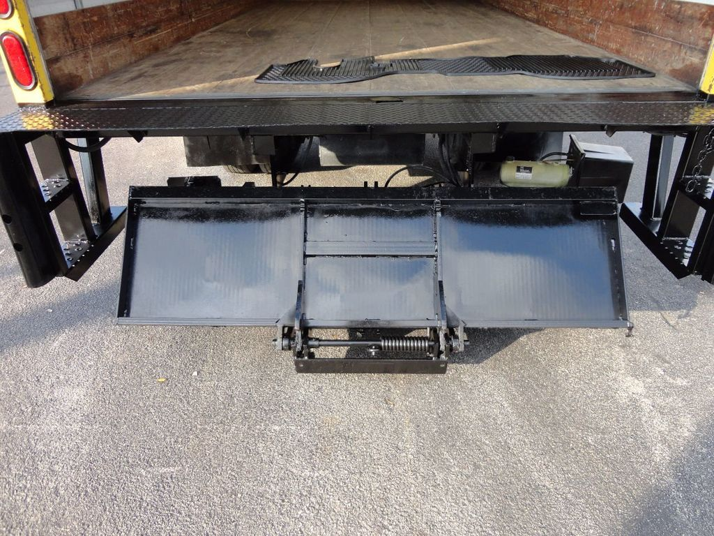 2013 Isuzu NPR HD 16FT DRY BOX..TUCK UNDER LIFTGATE BOX TRUCK - 17170473 - 26