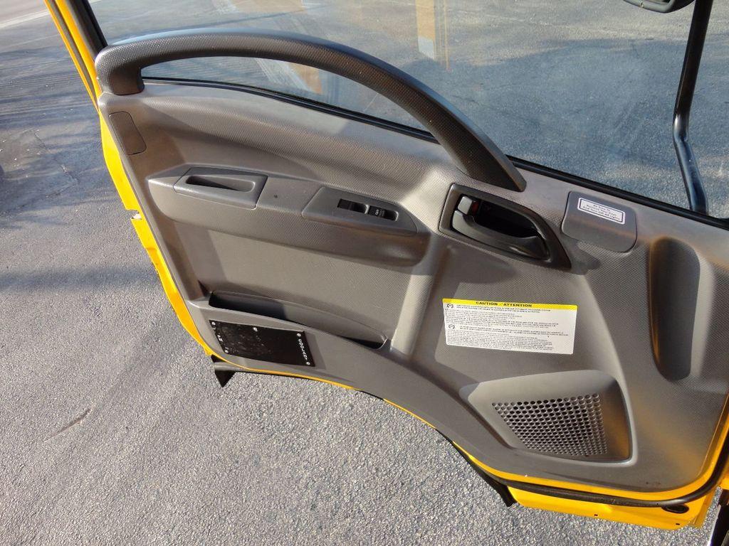 2013 Isuzu NPR HD 16FT DRY BOX..TUCK UNDER LIFTGATE BOX TRUCK - 17170473 - 43
