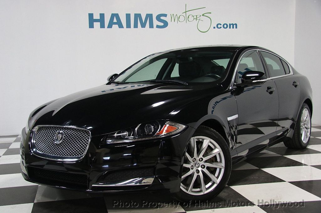 Beautiful 2013 Jaguar XF 4dr Sedan I4 RWD   16212465   0