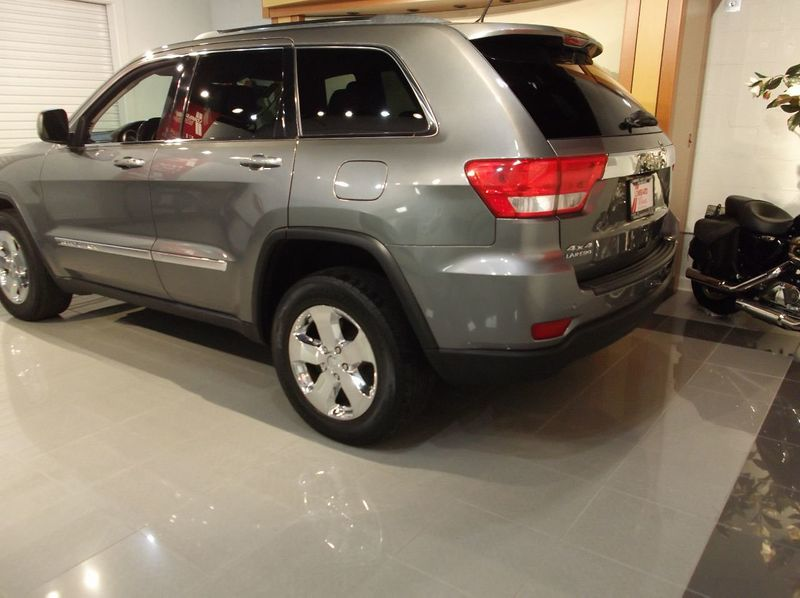 2013 Jeep Grand Cherokee X model Navigatuion Panoramic Moonroof - 18103768 - 2