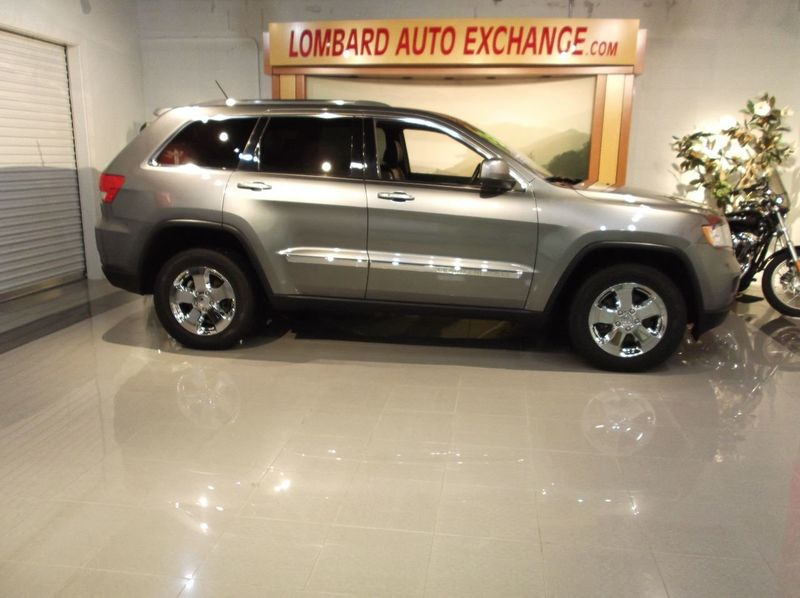2013 Jeep Grand Cherokee X model Navigatuion Panoramic Moonroof - 18103768 - 4