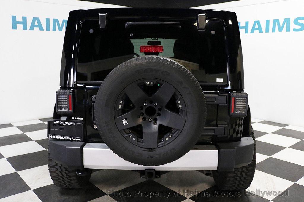 2013 Jeep Wrangler Unlimited 4WD 4dr Sahara - 17789598 - 18