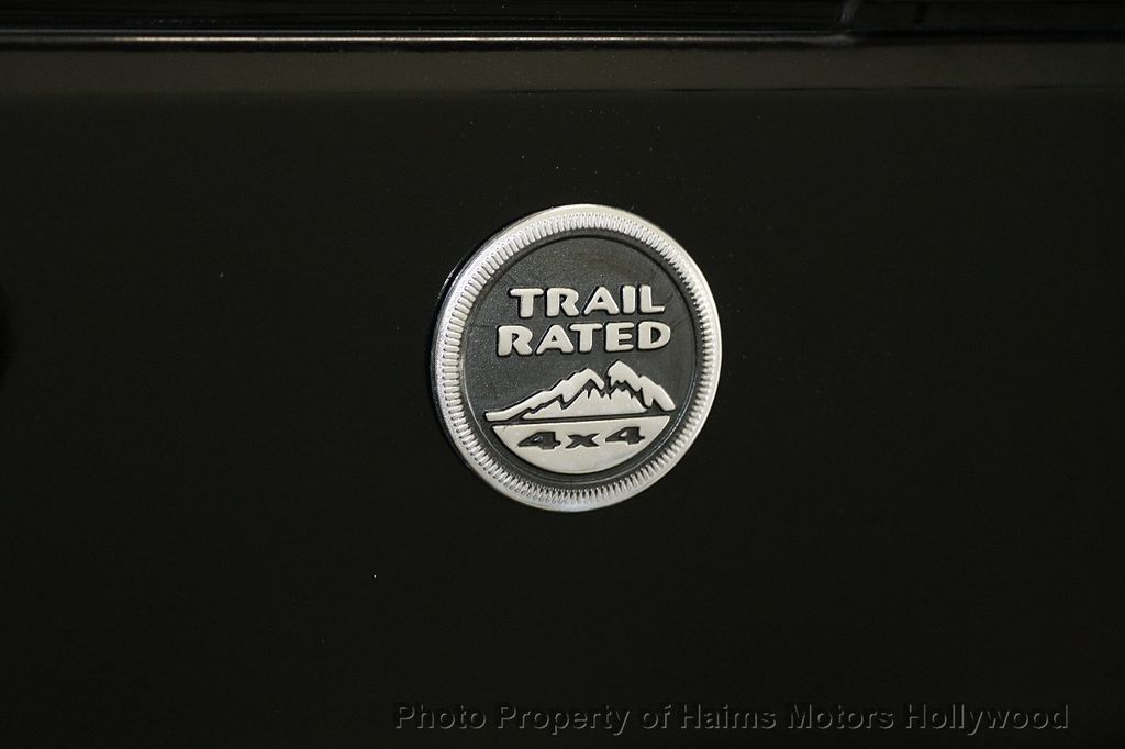 2013 Jeep Wrangler Unlimited 4WD 4dr Sahara - 17789598 - 21