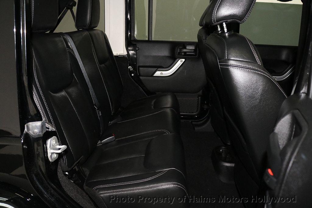 2013 Jeep Wrangler Unlimited 4WD 4dr Sahara - 17789598 - 28