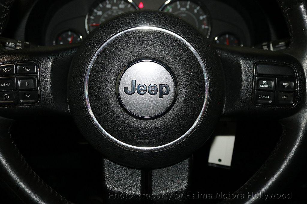 2013 Jeep Wrangler Unlimited 4WD 4dr Sahara - 17789598 - 40