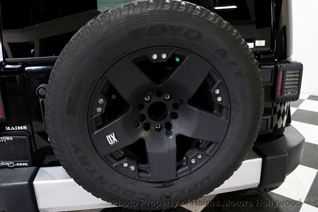2013 Jeep Wrangler Unlimited 4WD 4dr Sahara - 17789598 - 45