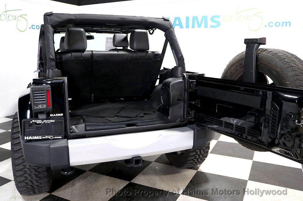 2013 Jeep Wrangler Unlimited 4WD 4dr Sahara - 17789598 - 8