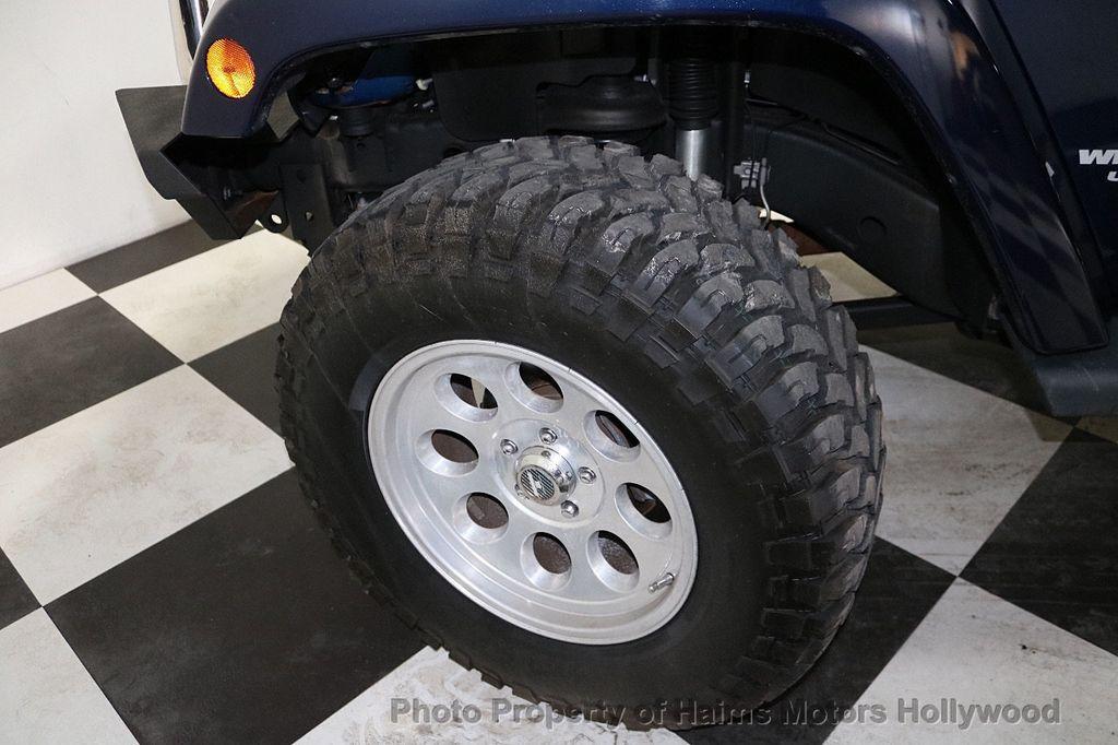 2013 Jeep Wrangler Unlimited 4WD 4dr Sahara - 18575378 - 37