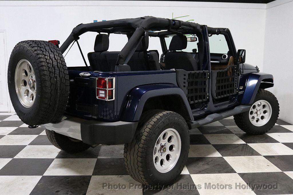 2013 Jeep Wrangler Unlimited 4WD 4dr Sahara - 18575378 - 6