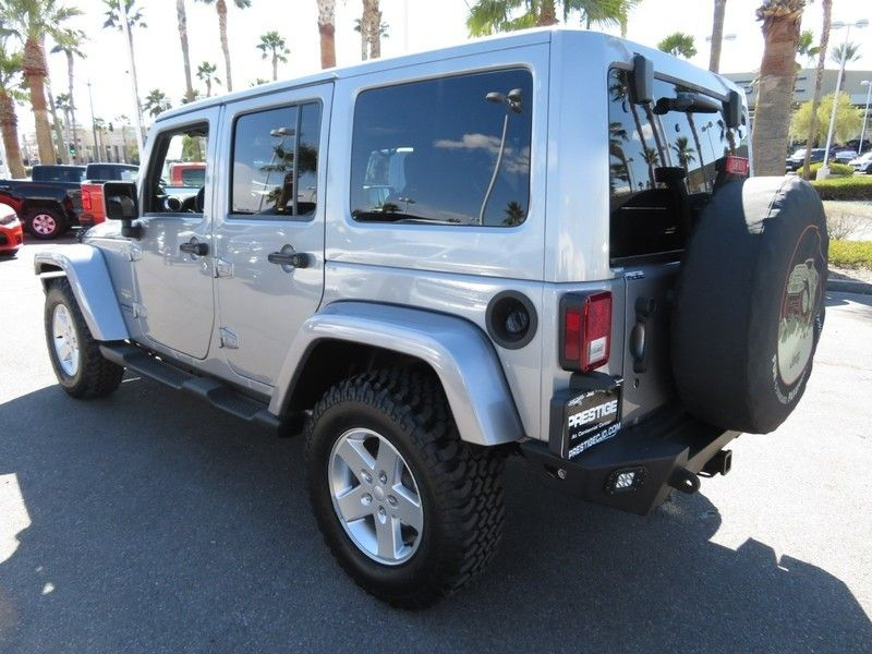 2013 Jeep Wrangler Unlimited 4WD 4dr Sahara - 17396055 - 9
