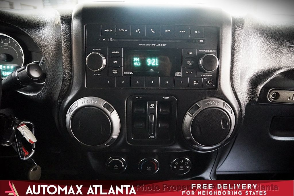 2013 Jeep Wrangler Unlimited SPORT  - 17668382 - 18