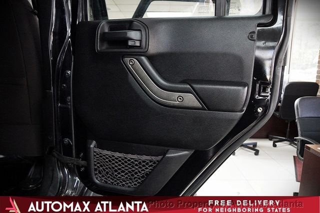2013 Jeep Wrangler Unlimited SPORT  - Click to see full-size photo viewer