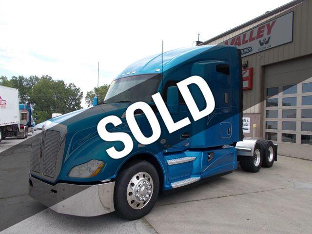 Kenworth T680 Vs Freightliner Cascadia 2018