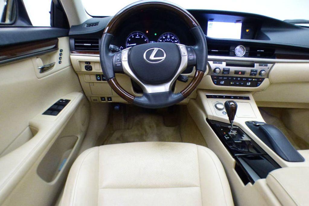 2013 Lexus ES 350 4dr Sedan   17943511   29