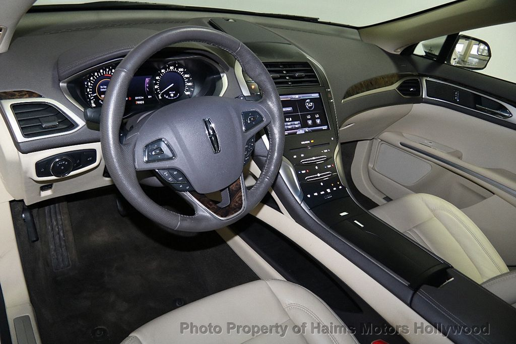 2013 Lincoln MKZ 4dr Sedan FWD - 16352781 - 18