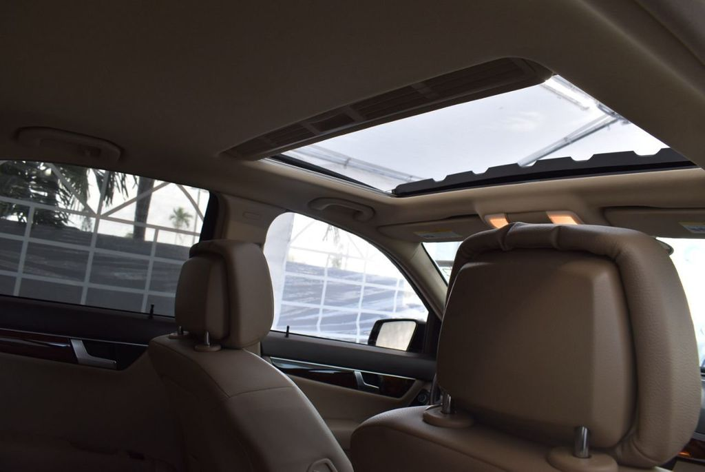 2013 Mercedes-Benz C-Class  - 18436044 - 13
