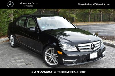 2013 Mercedes-Benz C-Class 4dr Sedan C 300 Sport 4MATIC