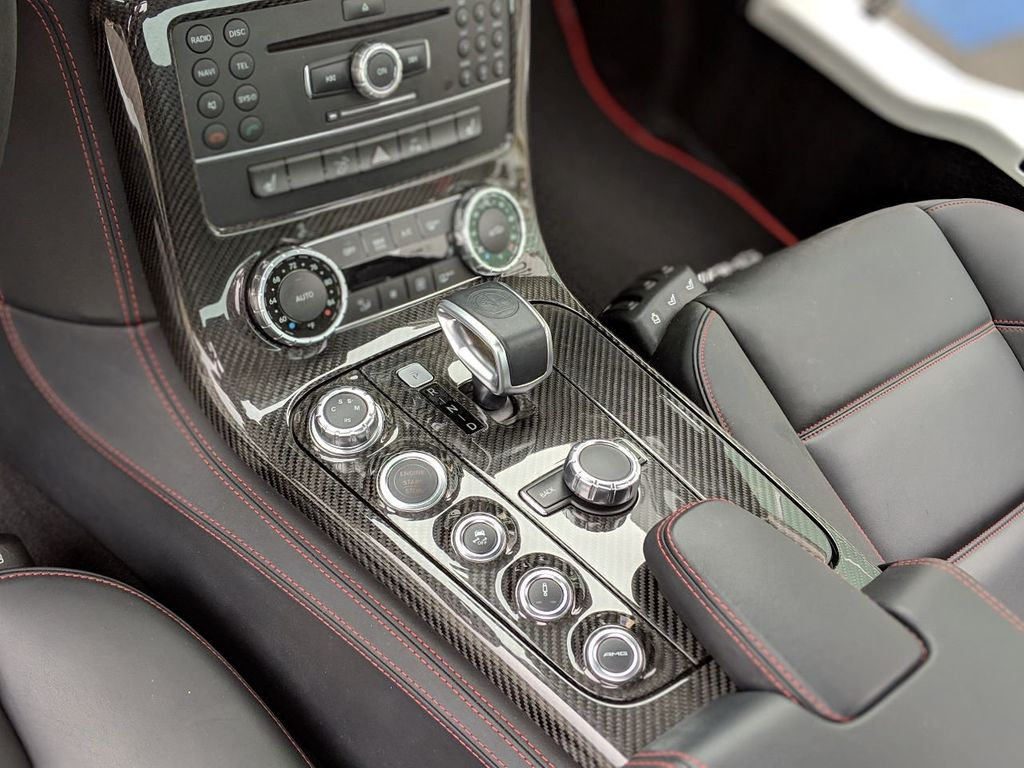 2013 Mercedes-Benz SLS AMG GT 2dr Coupe SLS AMG GT - 18415250 - 10