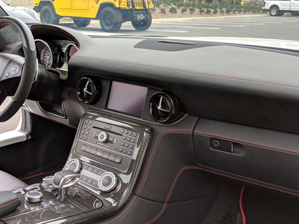 2013 Mercedes-Benz SLS AMG GT 2dr Coupe SLS AMG GT - 18415250 - 8