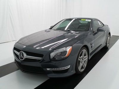 2013 Mercedes-Benz 2dr Roadster SL63 AMG Convertible