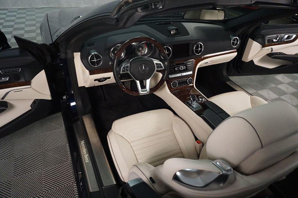 2013 Mercedes-Benz SL-Class SL 550 2dr Roadster SL550 - 17465389 - 21