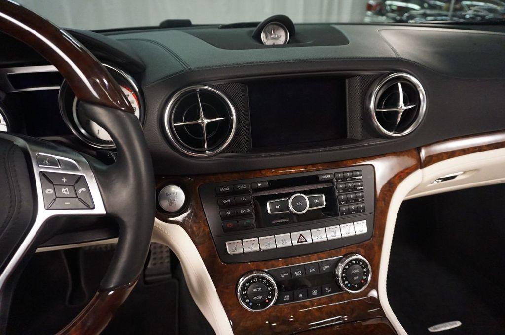 2013 Mercedes-Benz SL-Class SL 550 2dr Roadster SL550 - 17465389 - 23