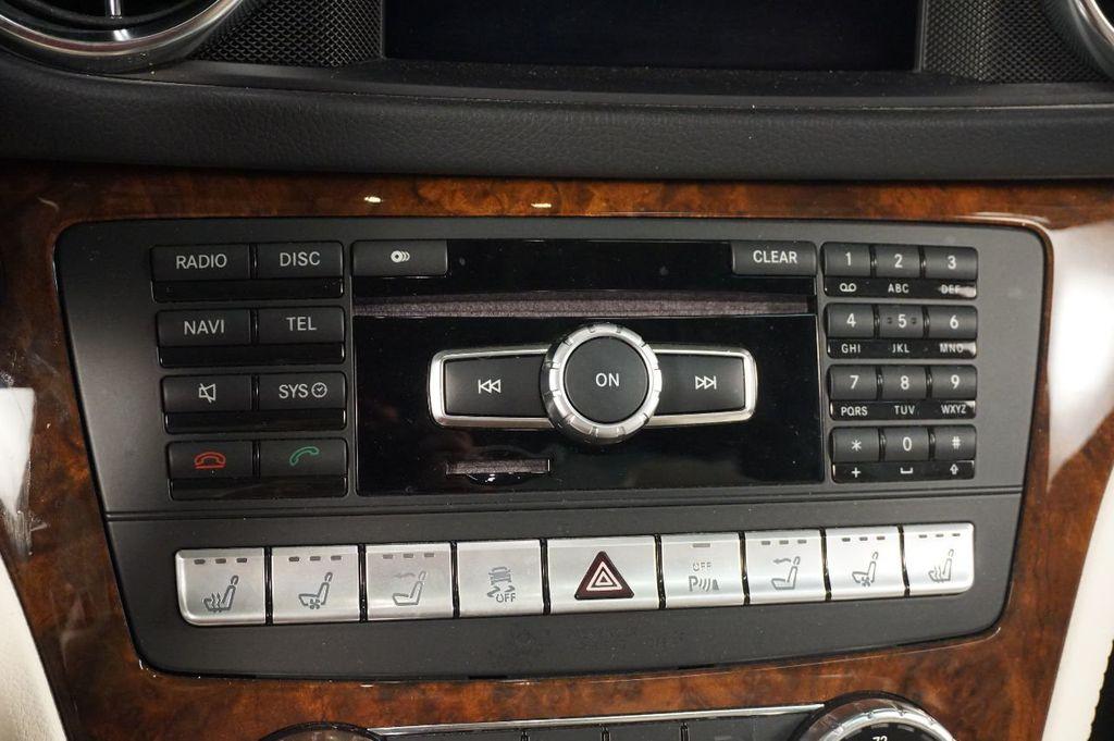 2013 Mercedes-Benz SL-Class SL 550 2dr Roadster SL550 - 17465389 - 24