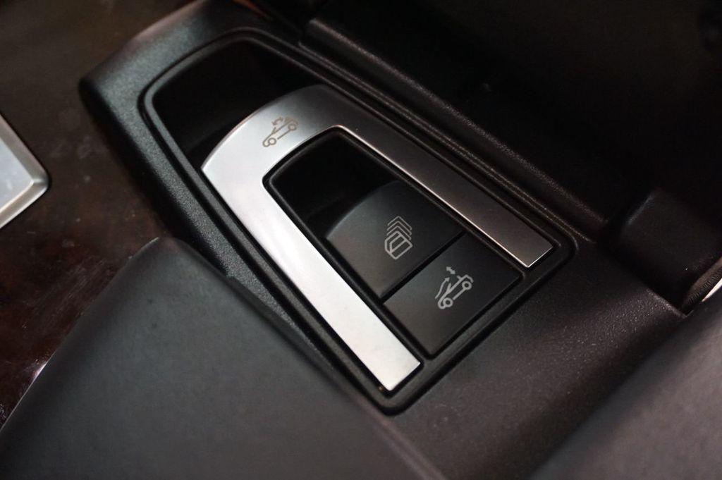 2013 Mercedes-Benz SL-Class SL 550 2dr Roadster SL550 - 17465389 - 36