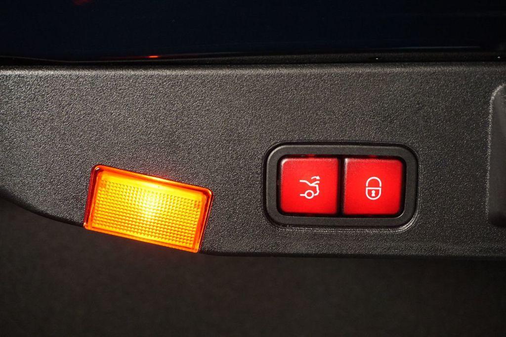2013 Mercedes-Benz SL-Class SL 550 2dr Roadster SL550 - 17465389 - 47
