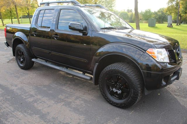 2013 Nissan Frontier PRO-X WITH LEATHER MOONROOF NAVIGATION