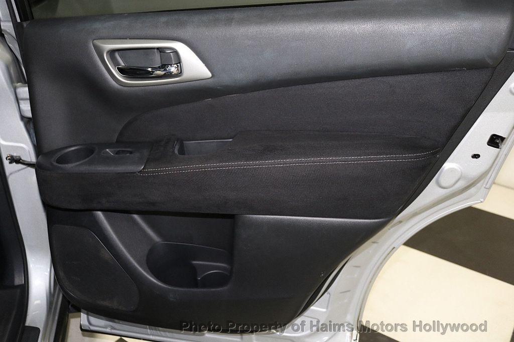 2013 Nissan Pathfinder 2WD 4dr SV - 18699713 - 11