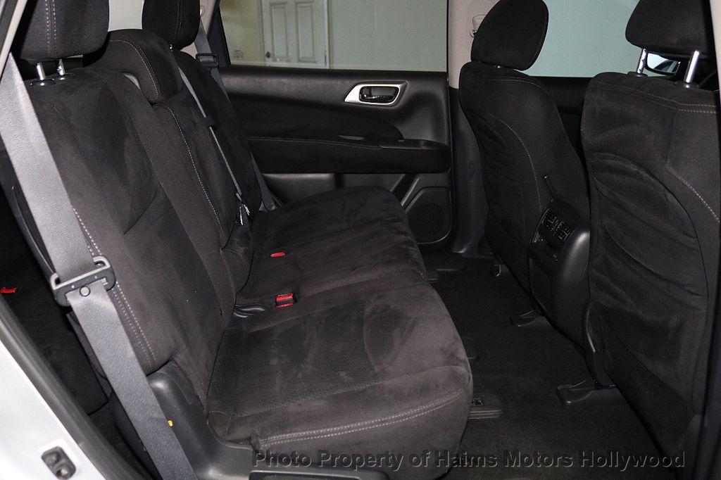 2013 Nissan Pathfinder 2WD 4dr SV - 18699713 - 14