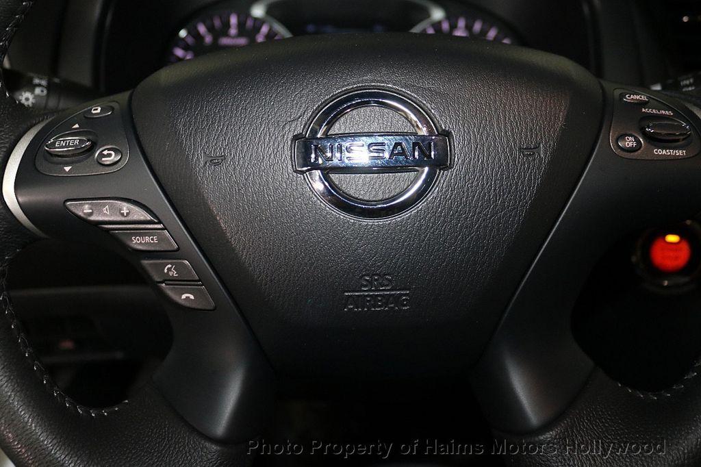 2013 Nissan Pathfinder 2WD 4dr SV - 18699713 - 28