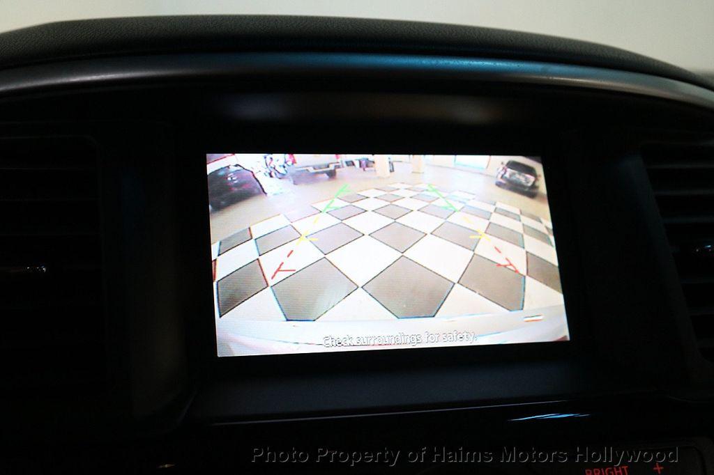 2013 Nissan Pathfinder 2WD 4dr SV - 18699713 - 31
