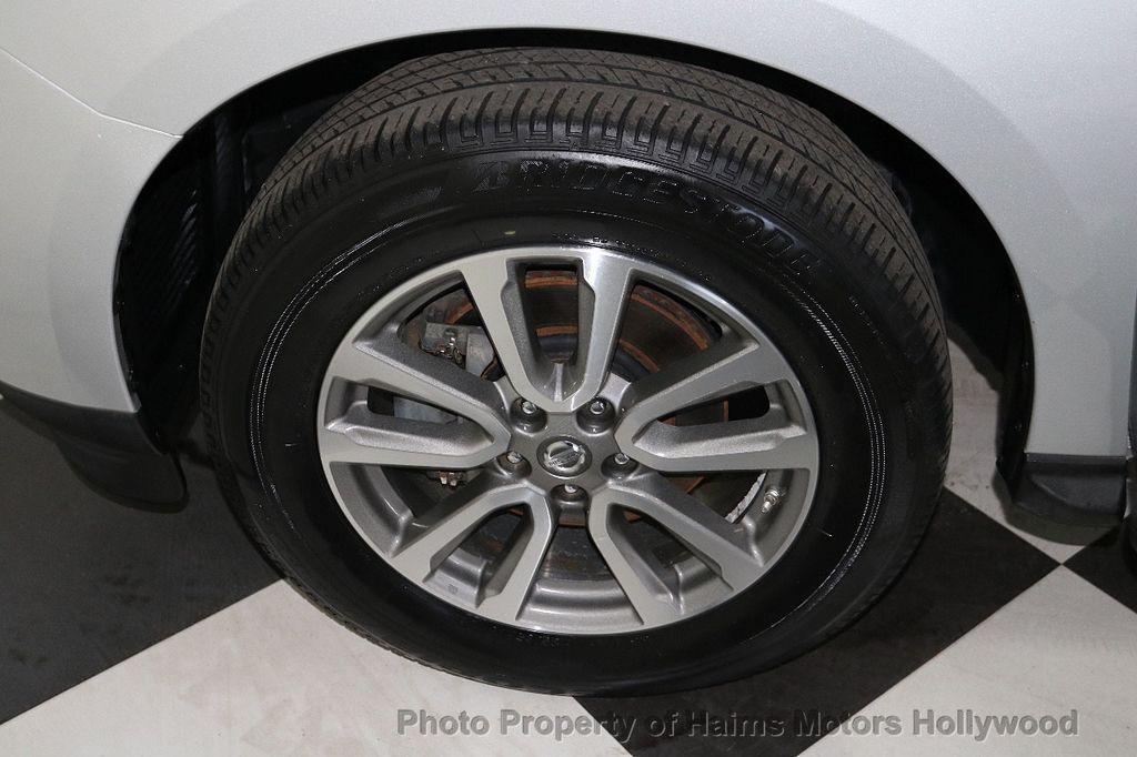2013 Nissan Pathfinder 2WD 4dr SV - 18699713 - 32