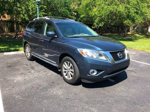 2013 Nissan Pathfinder 2WD 4dr SV - Click to see full-size photo viewer