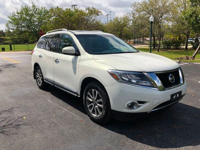 2013 Nissan Pathfinder 4WD 4dr SV - Click to see full-size photo viewer