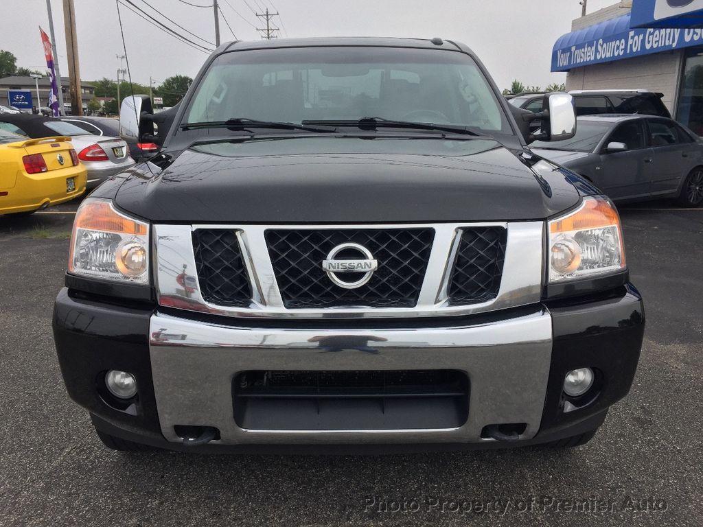 2013 Nissan Titan 4WD Crew Cab SWB SL - 16676262 - 5